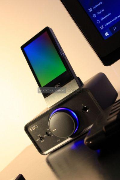 FiiO K5 fejhallgató erősítő
