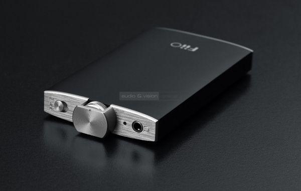 FiiO Q1 DAC és fejhallgató erősítő