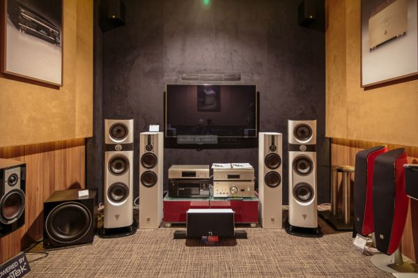 Focal Sopra 2 high end hangfal a Denon Márkaboltban