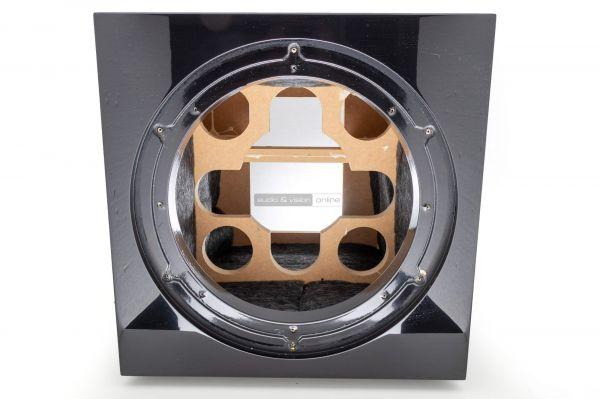 Focal SUB 1000 F aktív mélyláda belső