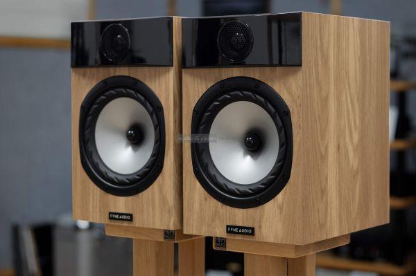Fyne Audio F301 állványos hangfal teszt