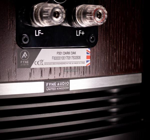 Fyne Audio F503 hangfal hátlap