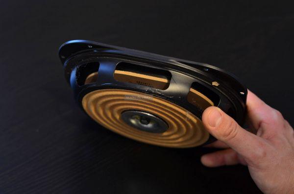 GoldenEar Triton Three+ hangfal passzív radiátor