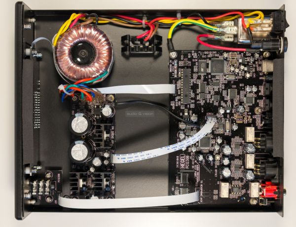 Hegel HD12 DSD DAC belső