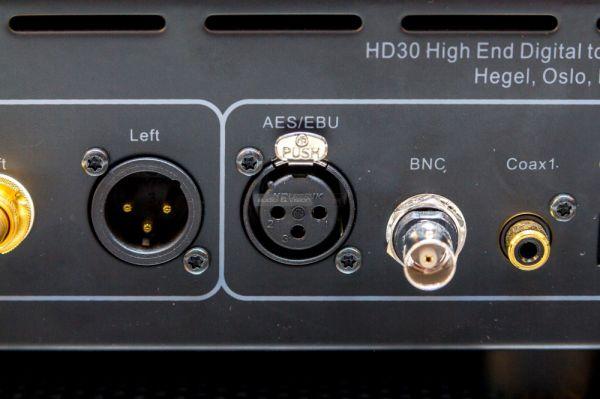 Hegel HD30 DAC hátlap