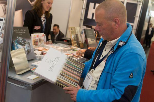HIGH END 2015 The Vinyl Book