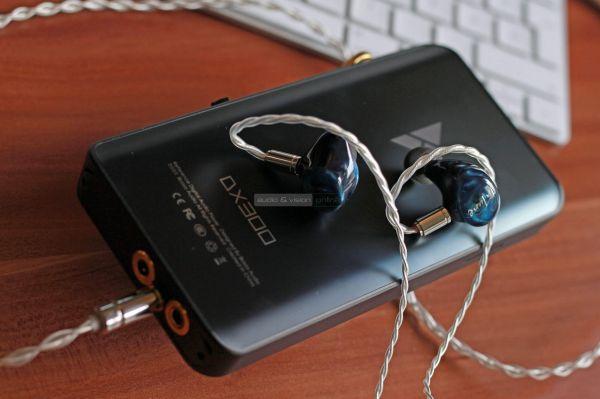 iBasso IT07 fülhallgató DX300 lejátszó