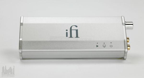 iFi iDAC USB DAC és fejhallgató erősítő