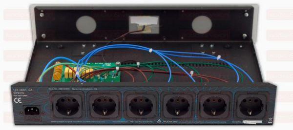 IsoTek EVO3 Solus hálózati elosztó és szűrő hátsó