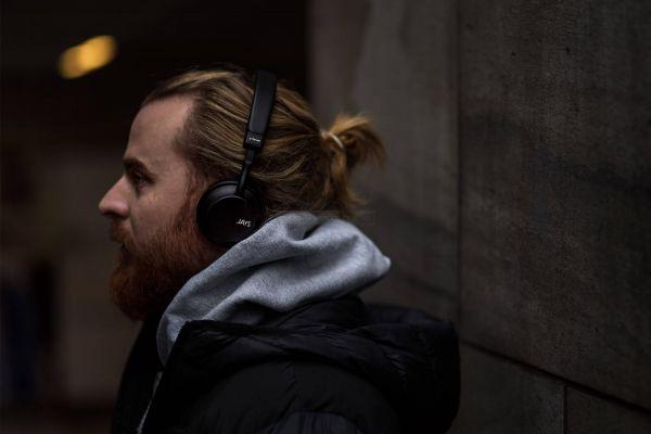 Jays a-Seven Wireless Bluetooth fejhallgató