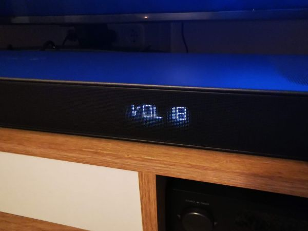 JBL Bar 9.1 Dolby Atmos soundbar display