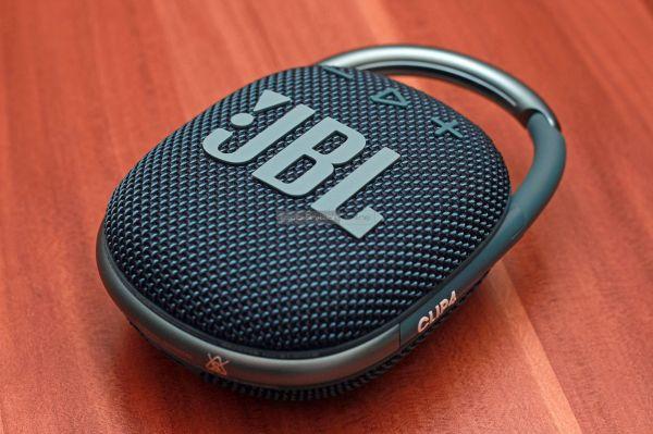 JBL Clip 4 Bluetooth hangszóró