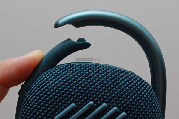 JBL Clip 4 Bluetooth hangszóró karabiner