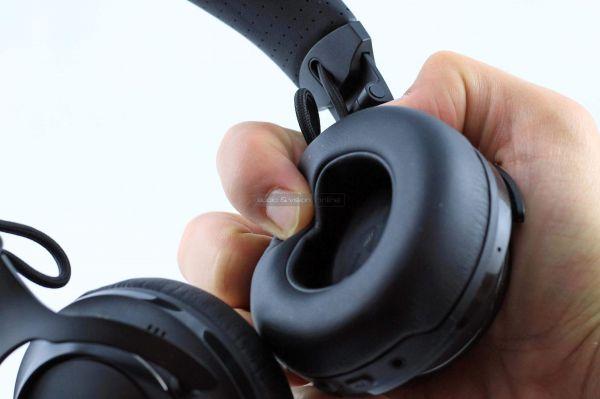 JBL CLUB 700BT Bluetooth fejhallgató fejpárna