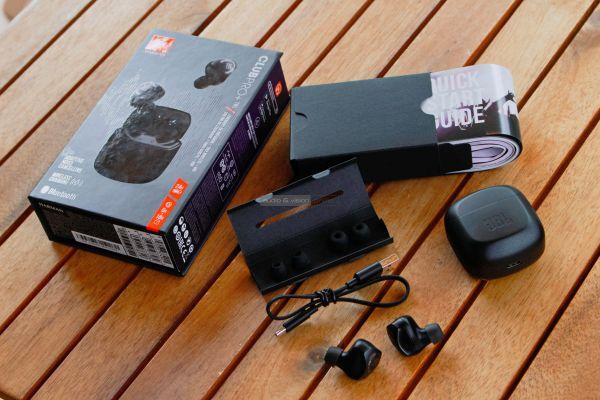 JBL Club Pro plus TWS Bluetooth fülhallgató tartozékok