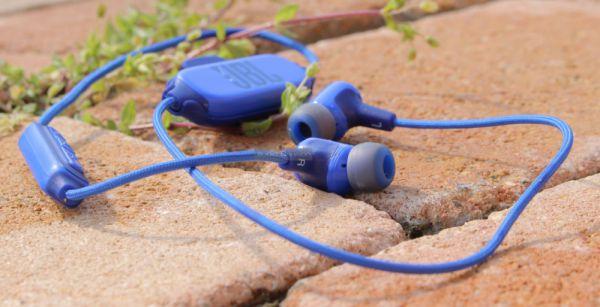 JBL E25BT Bluetooth fülhallgató