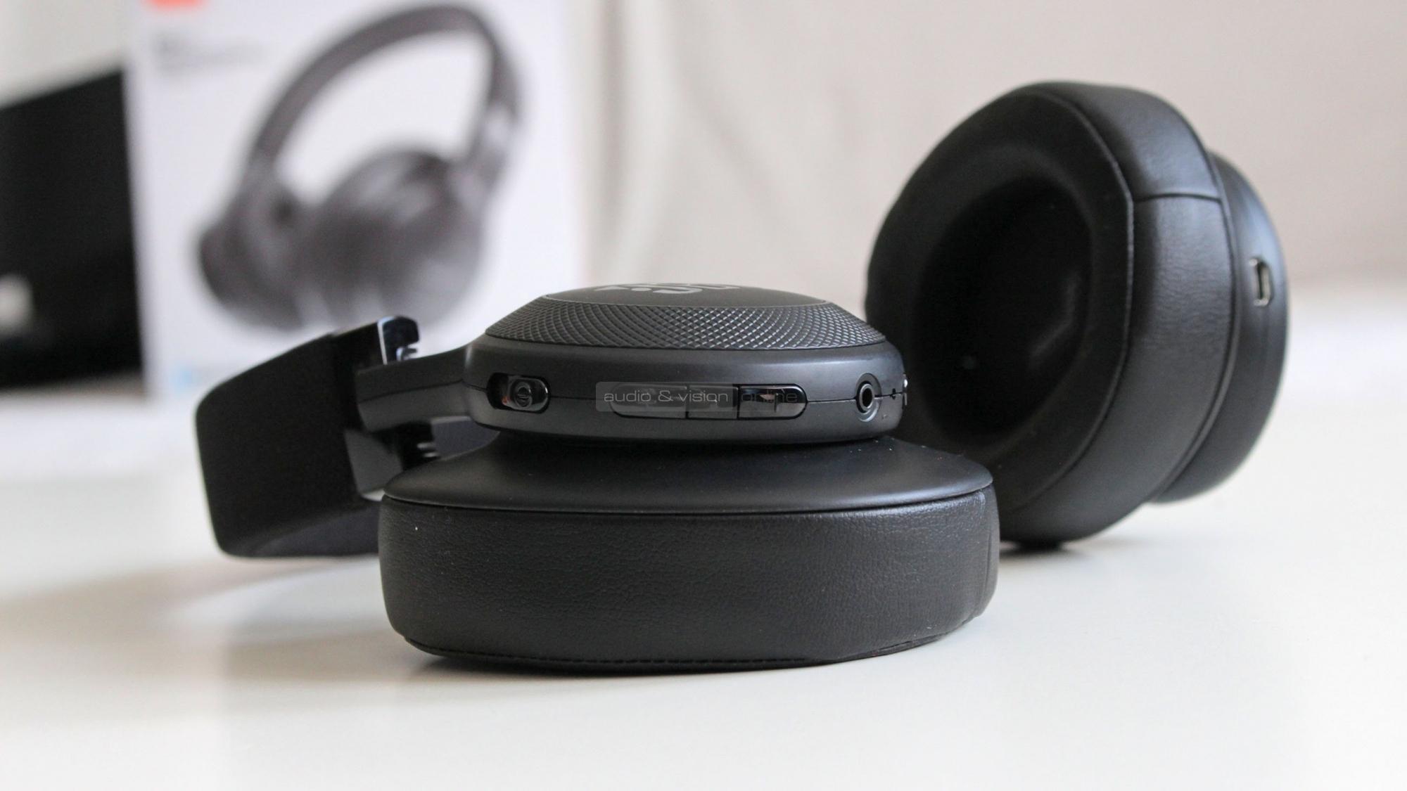 JBL E55BT Bluetooth fejhallgató. Kattints ... 3227371b69