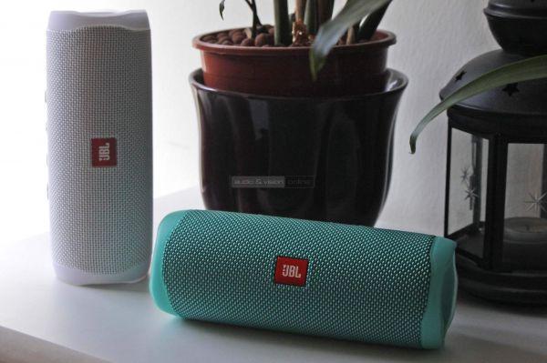 JBL Flip 5 Bluetooth hangszórók