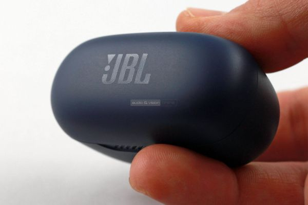 JBL FREE NC+ TWS Bluetooth fülhallgató tok