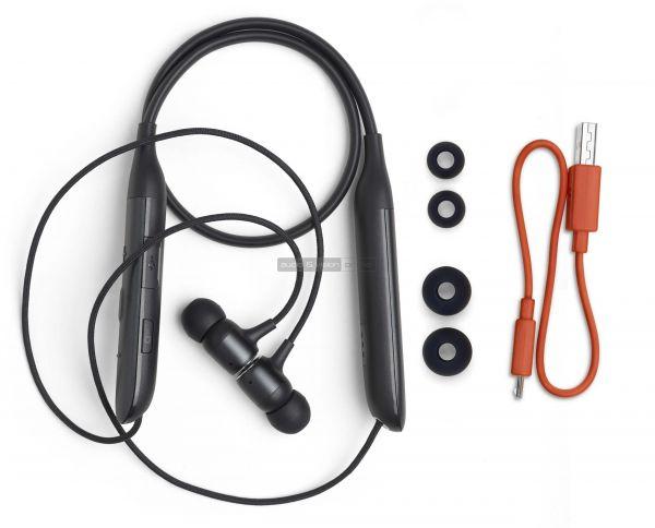 JBL LIVE 220BT Bluetooth fülhallgató tartozékok