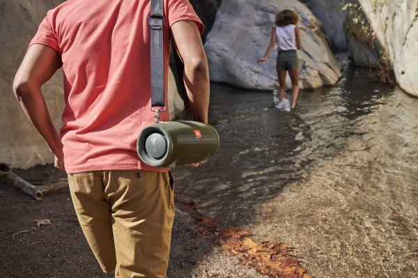 JBL Xtreme 2 vízálló Bluetooth hangszóró