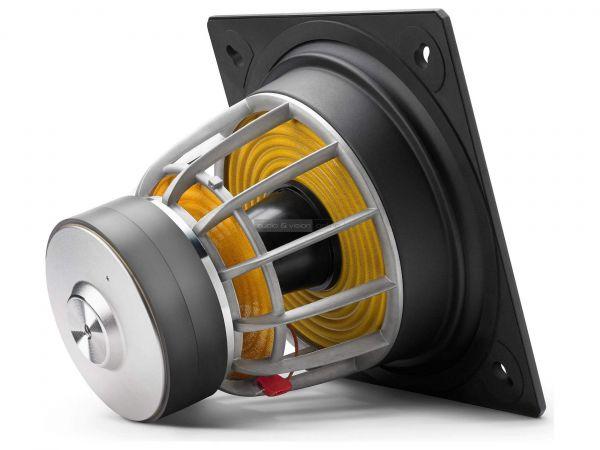 JL Audio E-Sub e112 aktív mélyláda