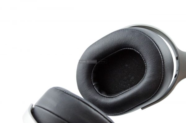 KEF Space One Wireless Bluetooth fejhallgató fejpárna