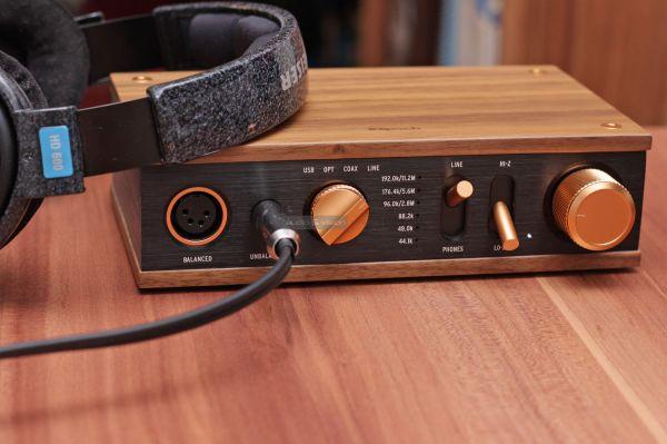 Klipsch Heritage Headphone Amplifier fejhallgató erősítő és Sennheiser HD 600 fejhallgató