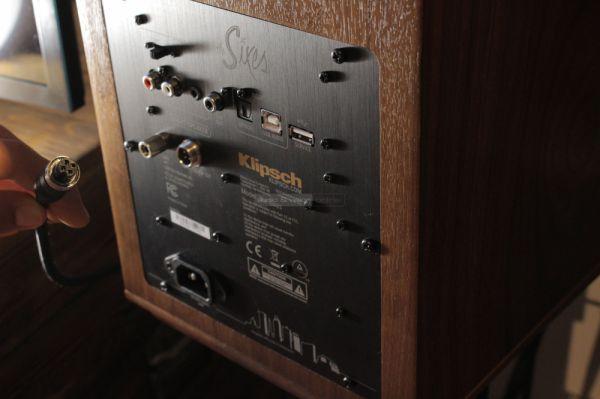 Klipsch The Sixes aktív hangfal hátlap