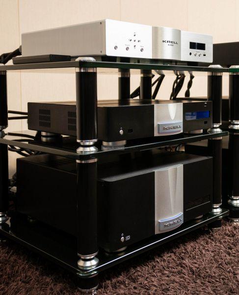 Krell Duo 300 XD sztereó végerősítő és Vanguard DAC