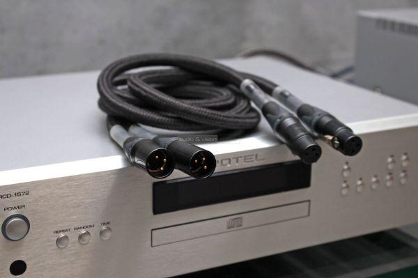LessLoss C-MARC XLR kábel