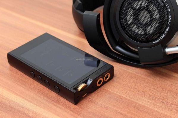 Lotoo PAW 6000 mobil zenelejátszó Sennheiser HD 800 S