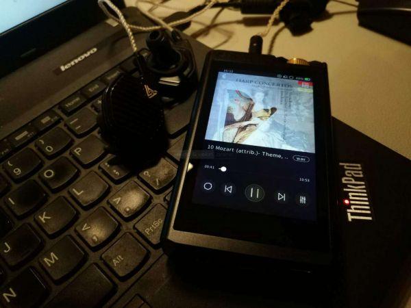 Lotoo PAW Gold Touch zenelejátszó