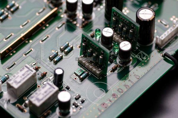 Marantz PM-12SE sztereó erősítő Mica Capacitors