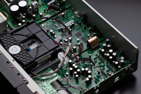 Marantz CD6007 CD-lejátszó audio circuit