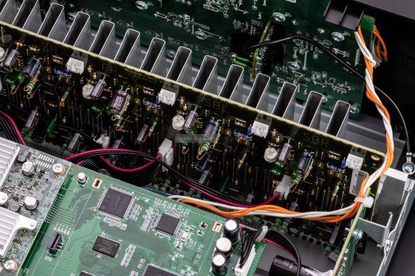 Marantz SR5015 házimozi erősítő Power Amplifier