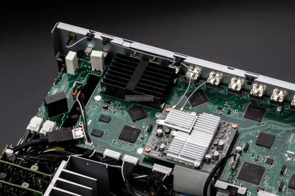 Marantz SR8015 házimozi erősítő Video Circuit