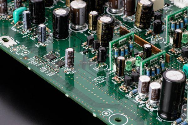 Marantz MODEL 30 sztereó erősítő premium capacitors
