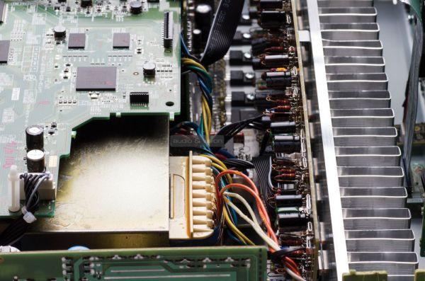 Marantz SR5011 házimozi erősítő belső