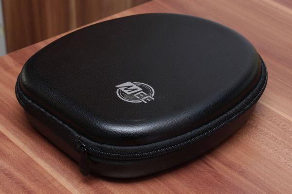 MEE Audio Matrix Cinema ANC Bluetooth fejhallgató tok