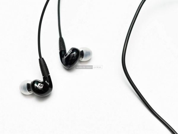 MEE Audio Pinnacle P2 fülhallgató