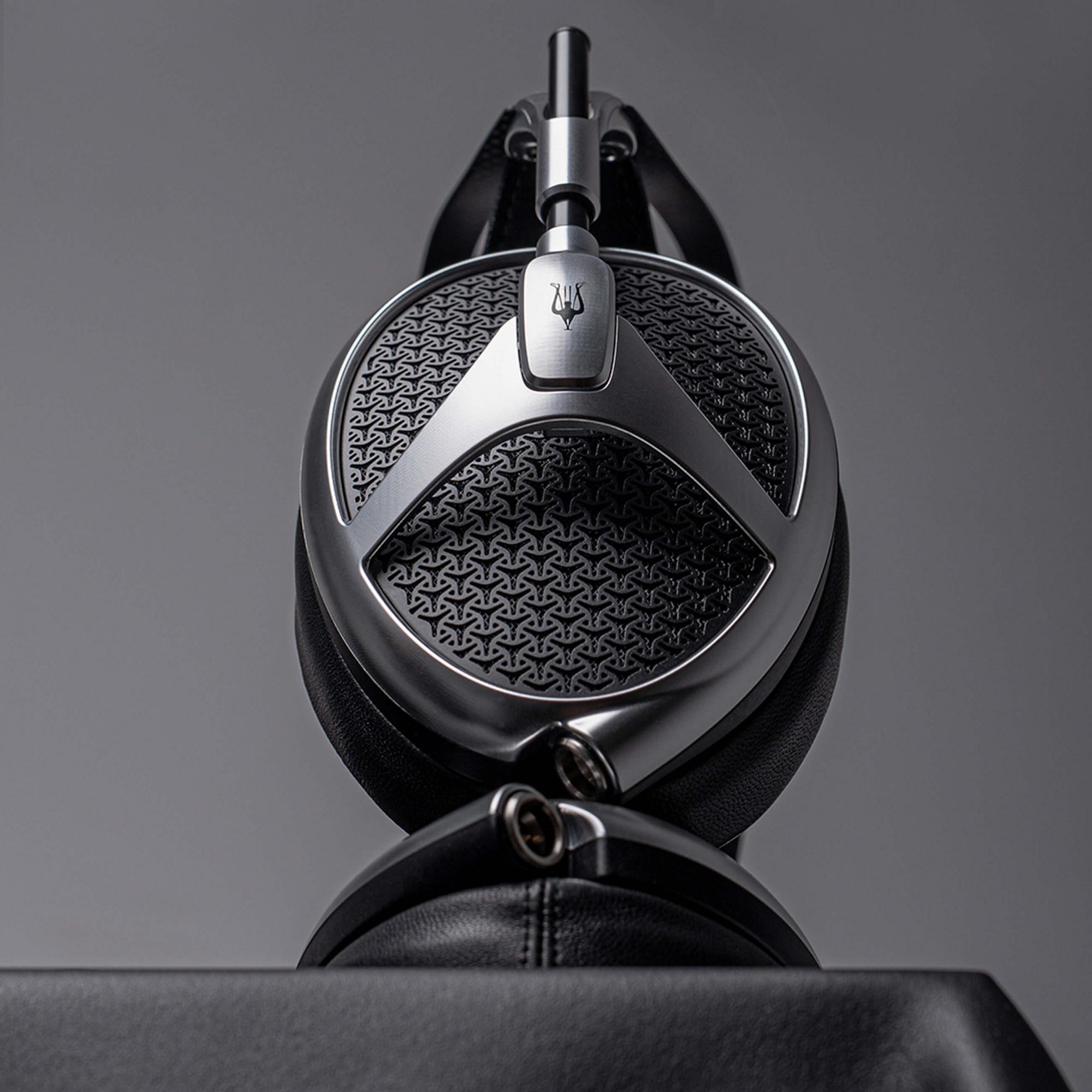 Meze Audio ELITE - új referencia a fejhallgatókínálatban