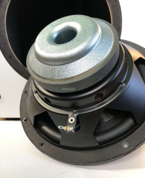 Monitor Audio MASS 5.1 Subwoofer mélyláda
