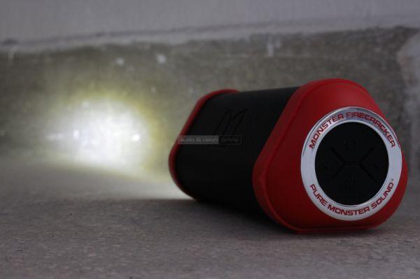 Monster Firecracker Bluetooth hangrendszer LED lámpával