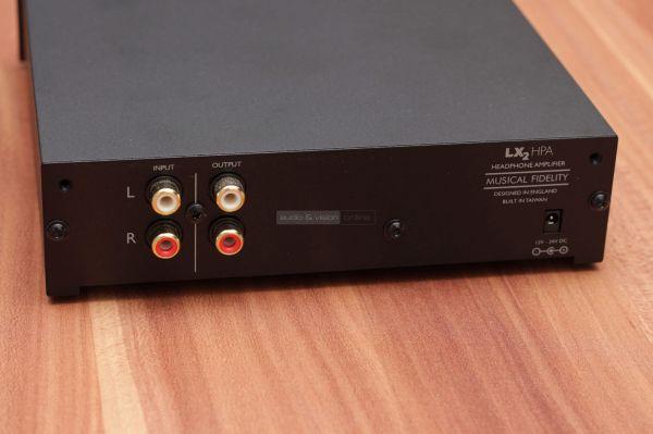 Musical Fidelity LX2 HPA fejhallgató erősítő hátlap