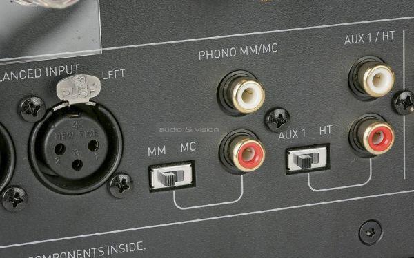 Musical Fidelity M6si sztereó erősítő hátlap