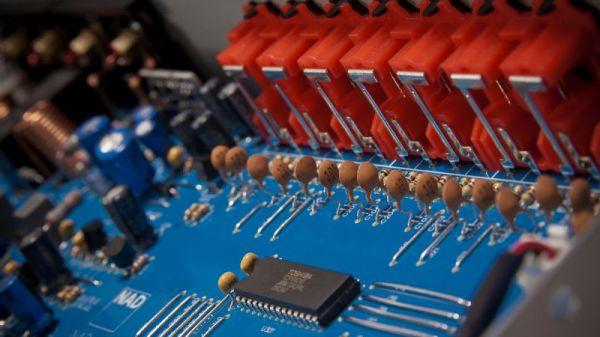 NAD C 316BEE belső - egyszerű és rendezett