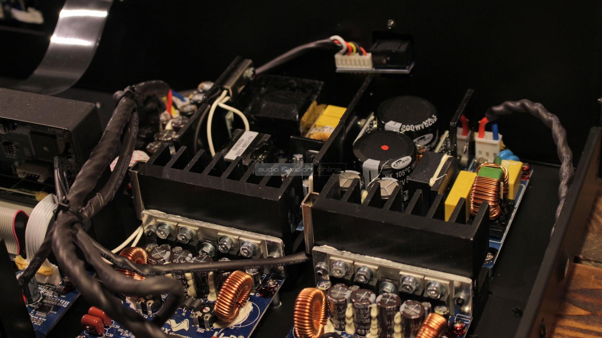 NAD C 388 hibrid digitális integrált sztereó erősítő teszt
