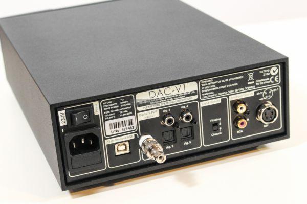 NAIM DAC-V1 hátlap