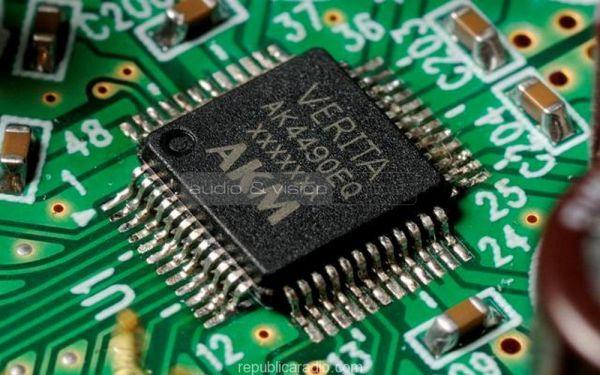 Onkyo CR-N765 mini hifi rendszer VERITA AK4490